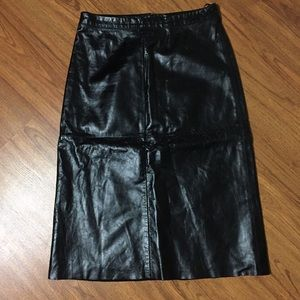 🎁 NWOT $128 8-Panel Wet Look Leather Pencil Skirt